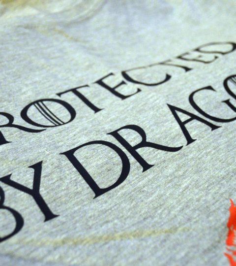 koszulka protected by dragons